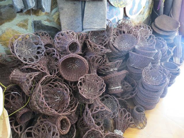 فروشگاه آژنو دام, طیور و آبزیان  Image of hawramanat sanaye dasti12 1